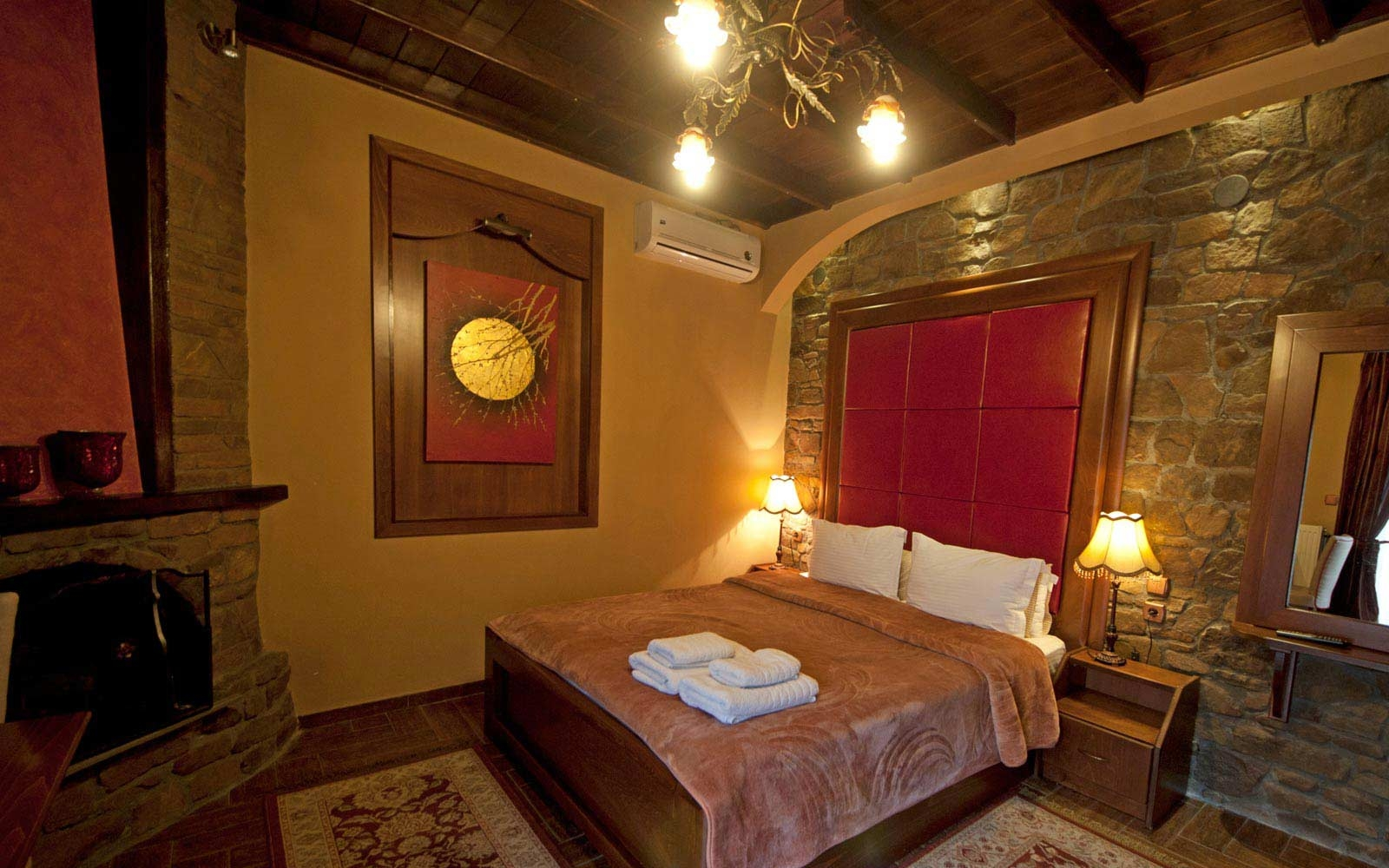 double room with fireplace guesthouse morfeas loutra pozar